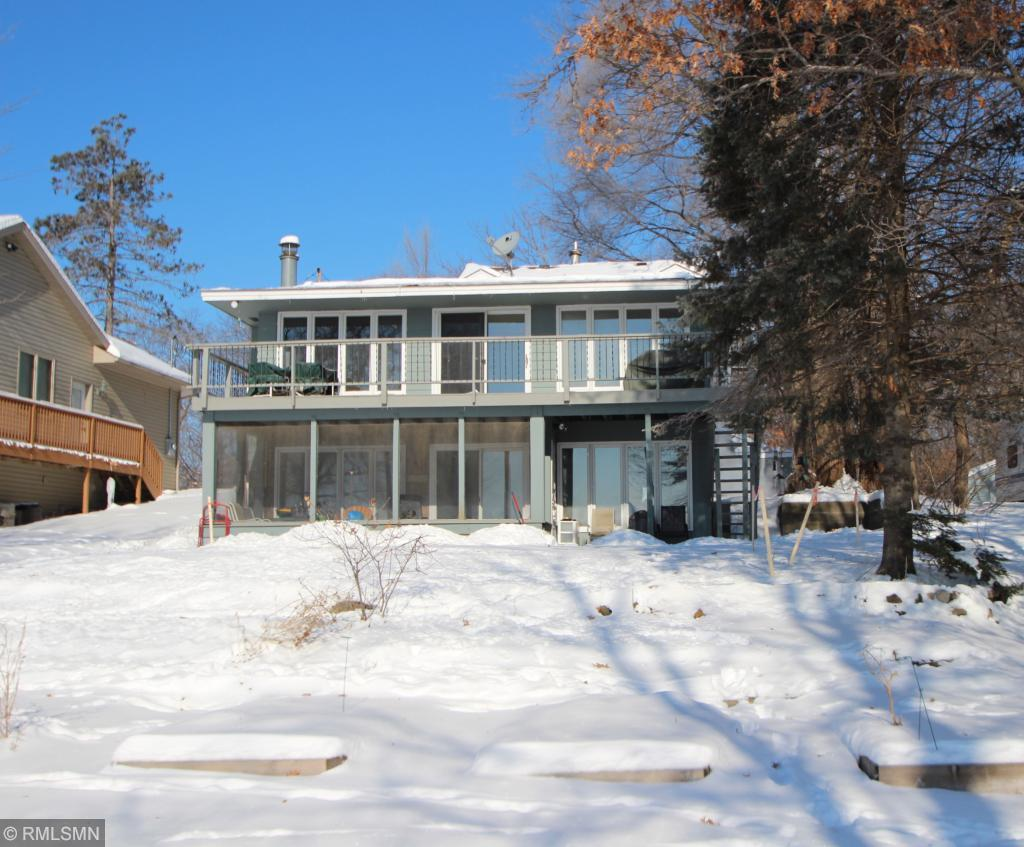 18369 Lakeview Point Drive Ne East Bethel, MN 55092