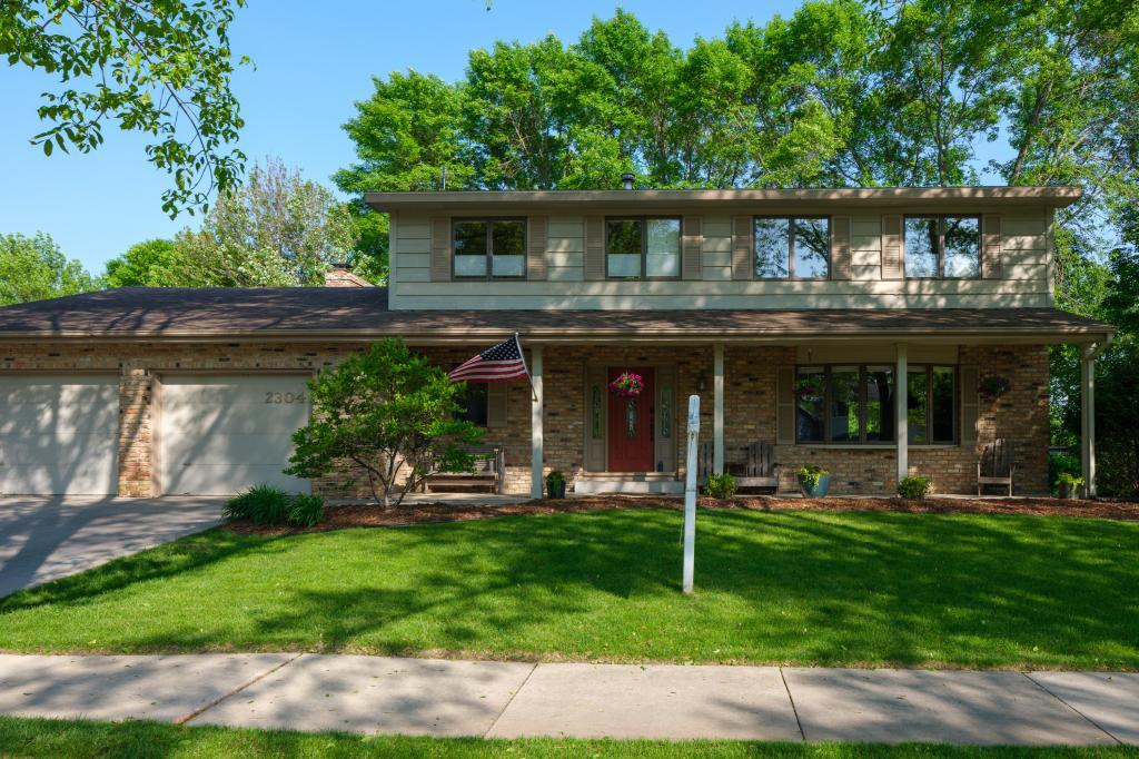Cul de Sac property for sale at 2304 Telemark Lane NW, Rochester Minnesota 55901