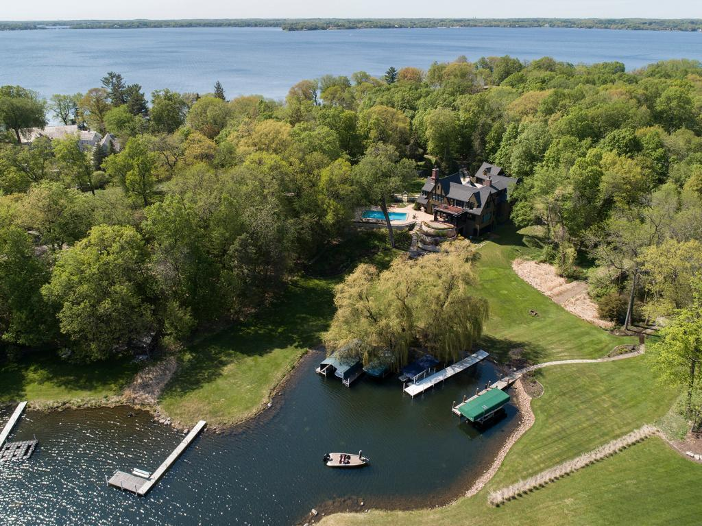 primary photo for 3705 Northome Road, Deephaven, MN 55391, US