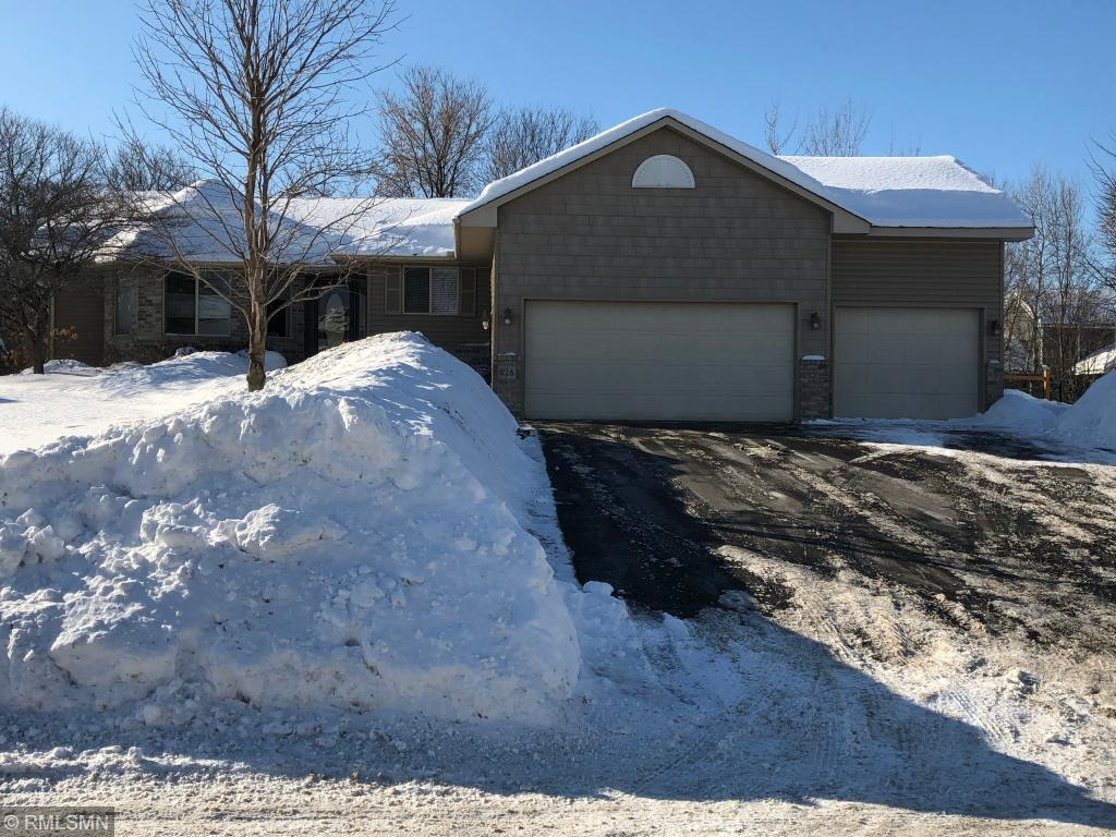 Pool property for sale at 826 141st Avenue NW, Andover Minnesota 55304
