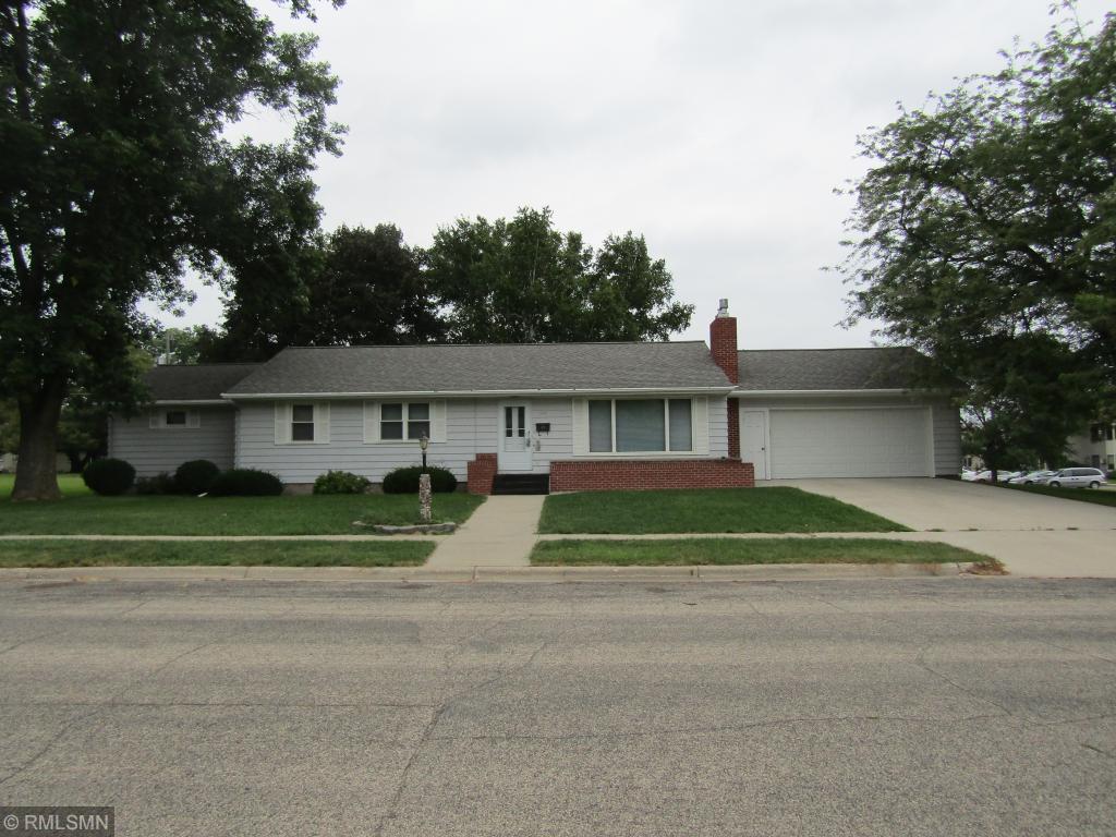549 E Ronning Avenue Appleton, MN 56208