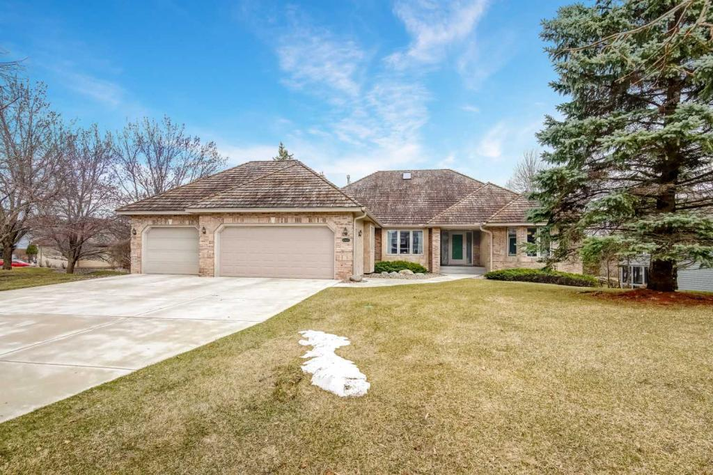 Price Reduced property for sale at 10405 Shelter Grove, Eden Prairie Minnesota 55347