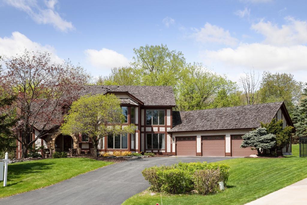 13795 Guild Avenue, Apple Valley, Minnesota