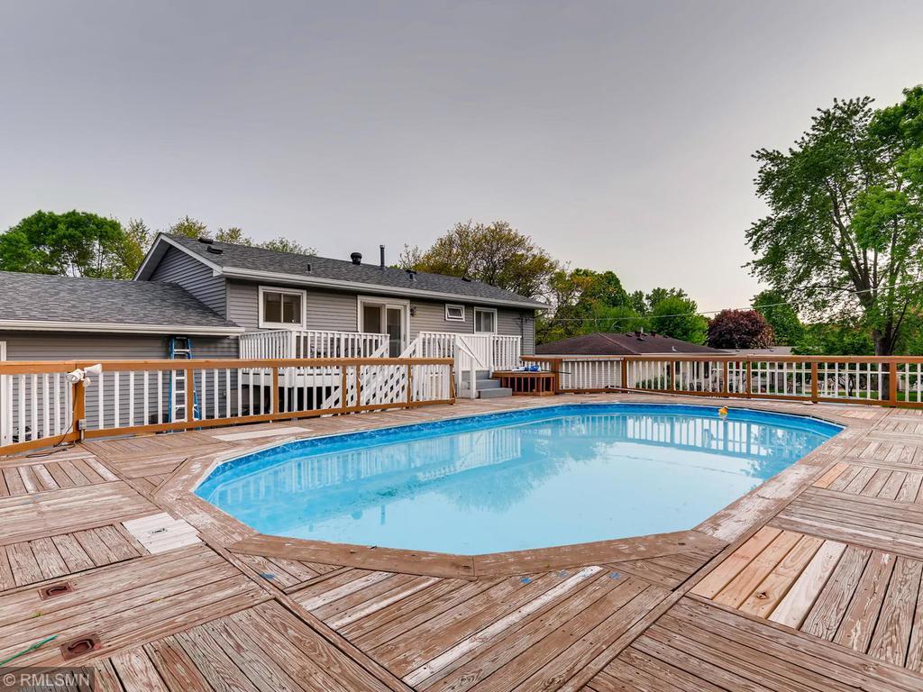 Pool property for sale at 3953 Beryl Road, Eagan Minnesota 55122