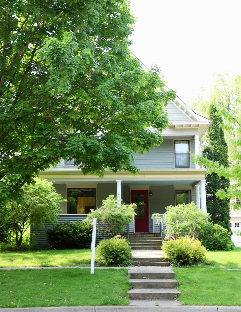 primary photo for 610 4th Street E, Northfield, MN 55057, US