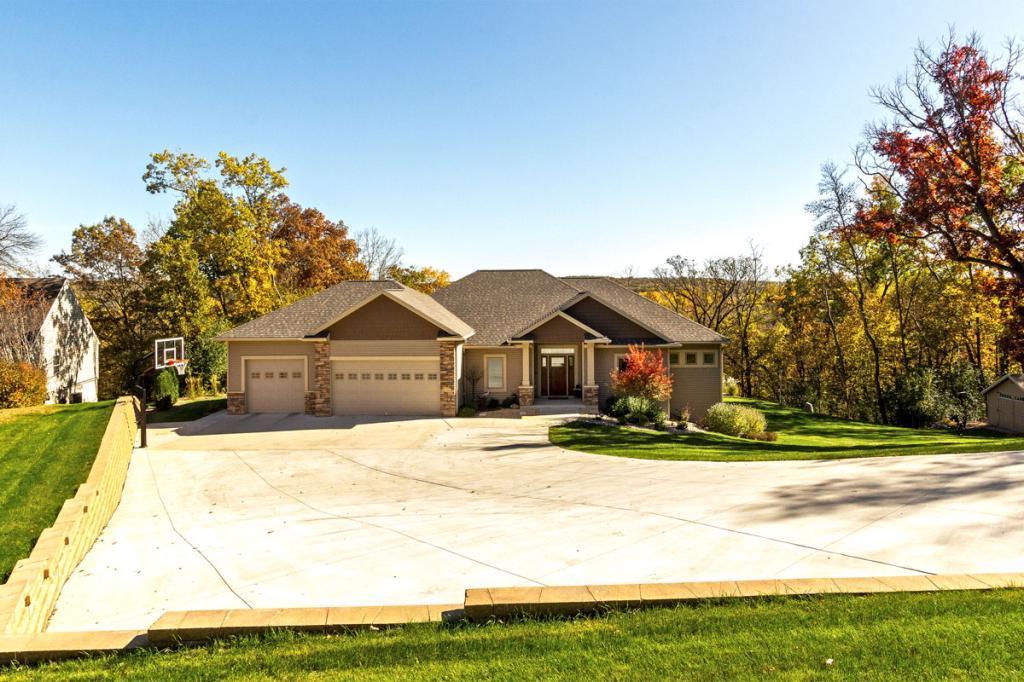 5980 Oak Meadow Lane Nw Rochester, MN 55901