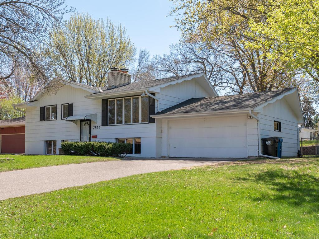 Price Reduced property for sale at 7629 Knoll Street N, Golden Valley Minnesota 55427