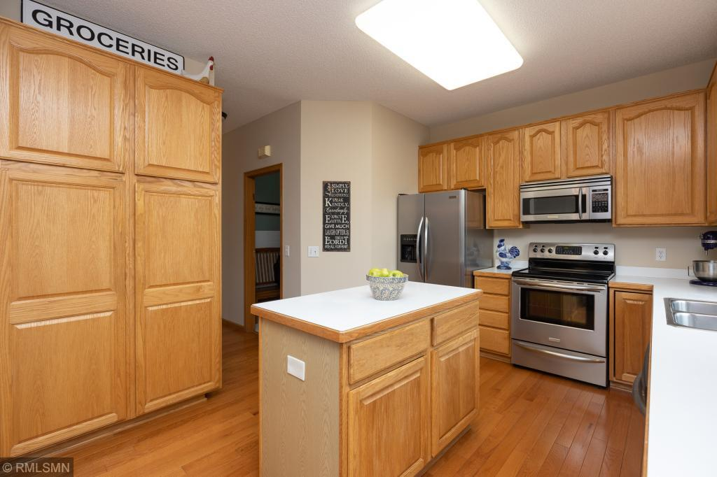 13090 Emmer Place Apple Valley, MN 55124