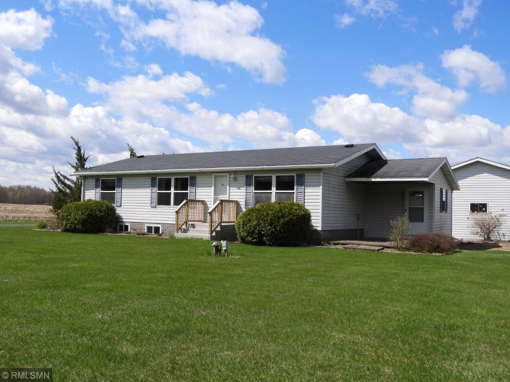 551 Round Lake Lane Alden Township, WI 54020