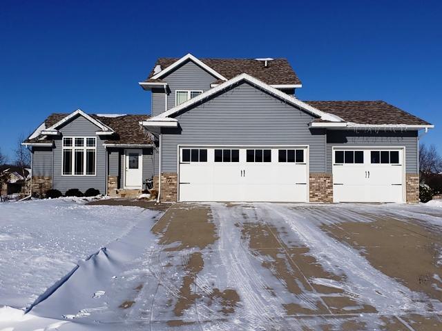 240 Stoneridge Lane NE, Owatonna, Minnesota