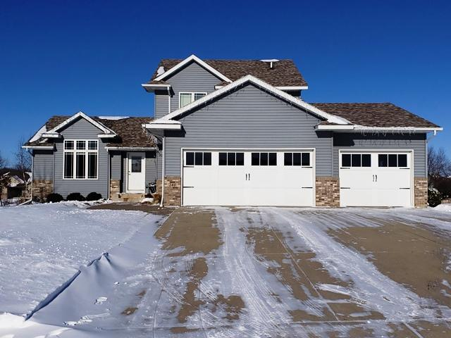 240 Stoneridge Lane NE, Owatonna, Minnesota