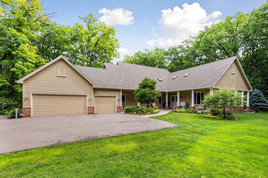 22845 Penn Avenue, Lakeville, Minnesota