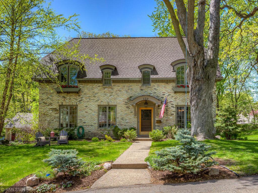 Cul de Sac property for sale at 220 Homedale Road, Hopkins Minnesota 55343