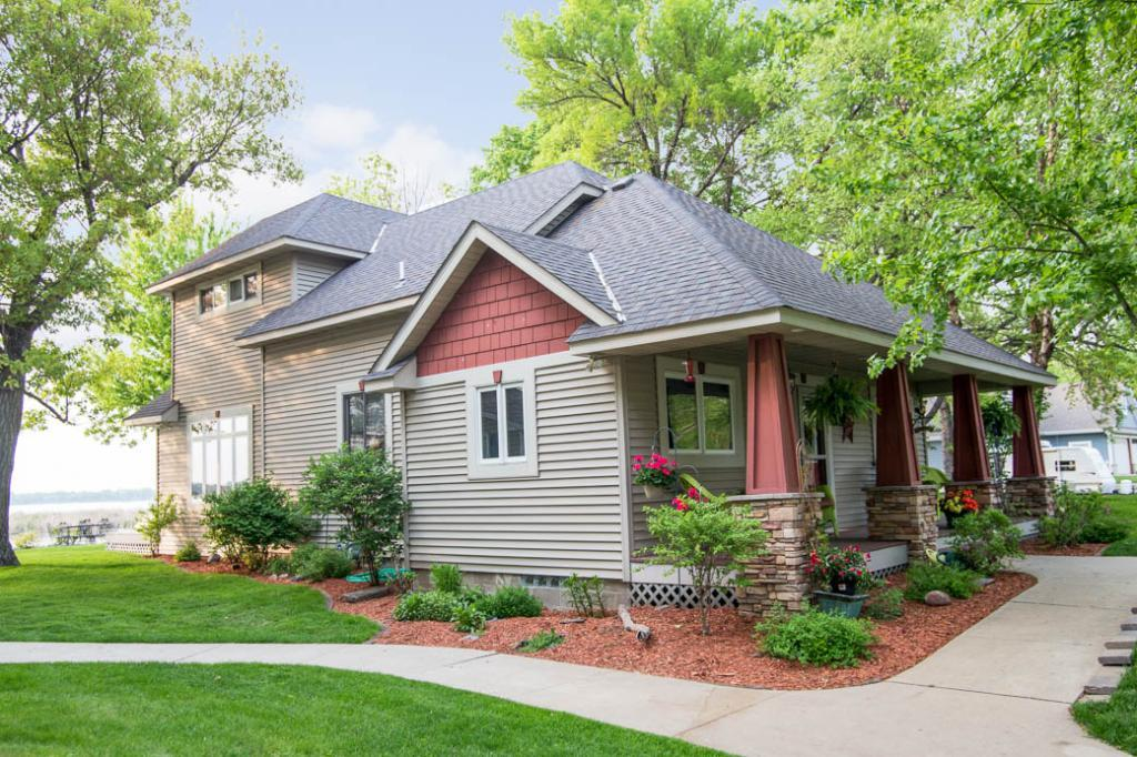 10869 Lawrence Avenue Nw Annandale, MN 55302