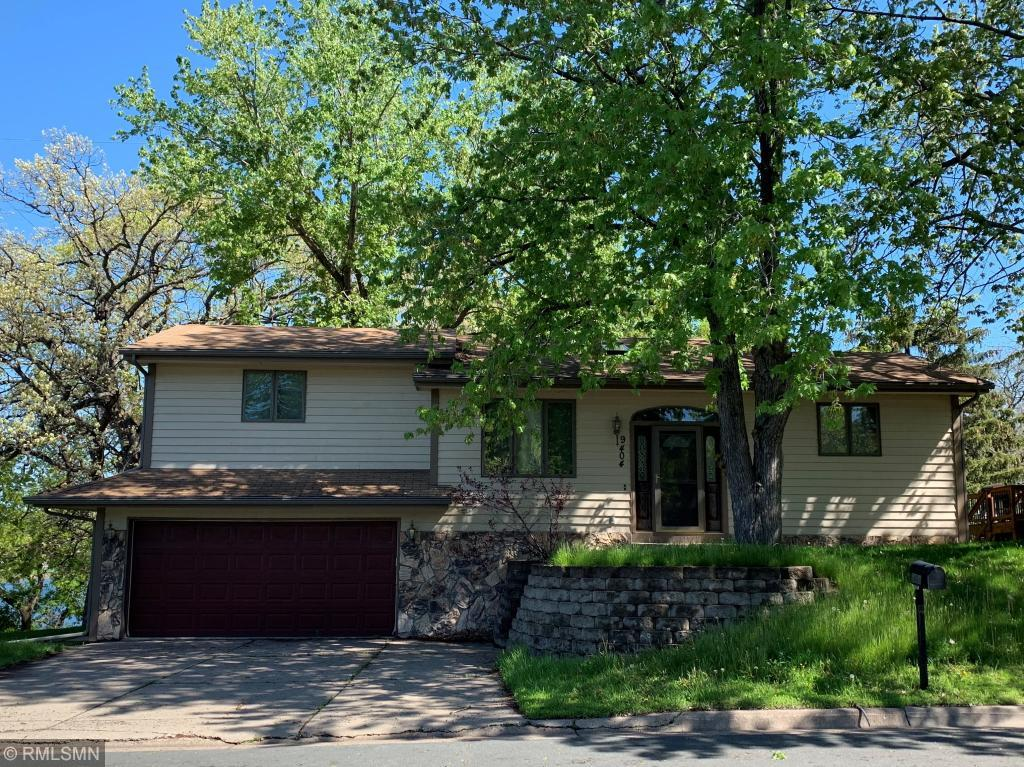 View property for sale at 9404 63rd Avenue N, Brooklyn Park Minnesota 55428