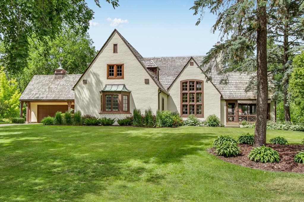 4800 W Sunnyslope Road, Edina, Minnesota