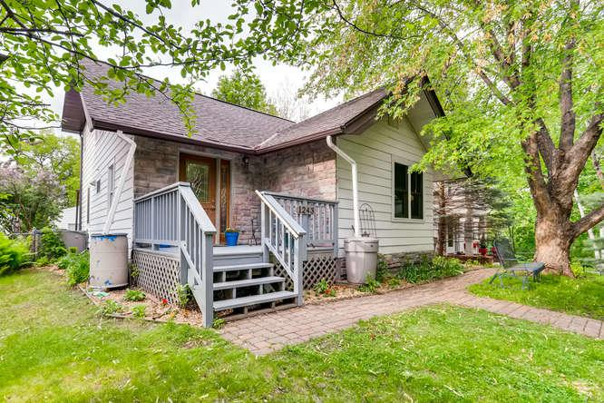 City Light View property for sale at 1243 Goodrich Avenue, St Paul - Macalester-Groveland Minnesota 55105