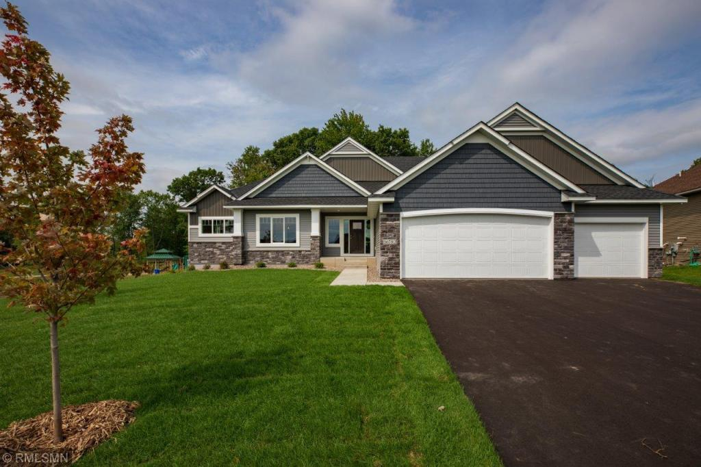 1244 227th Avenue NW, Oak Grove, Minnesota