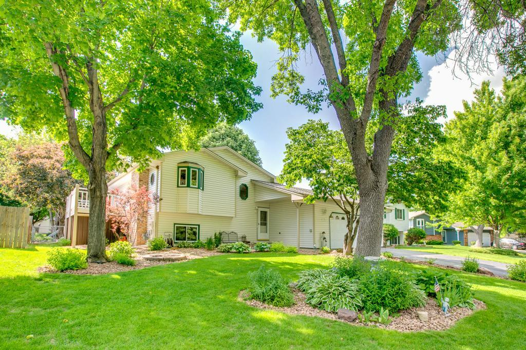 9799 Lancaster Lane N, Maple Grove, Minnesota