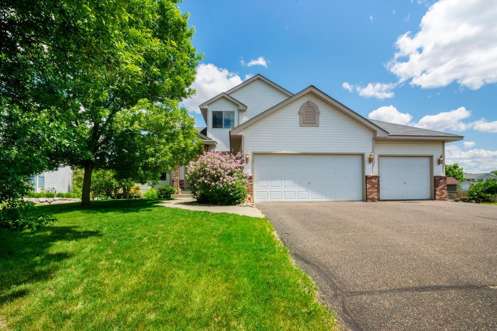 New Listings property for sale at 18053 Monroe Circle NW, Elk River Minnesota 55330