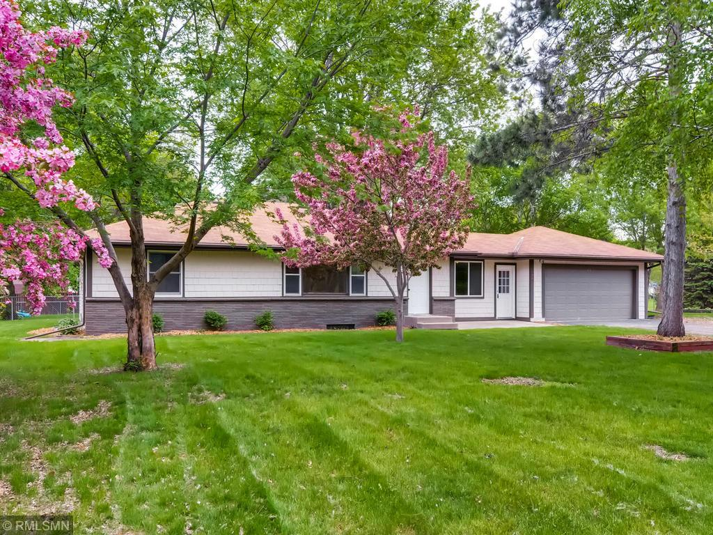 1567 County Road I W Shoreview, MN 55126