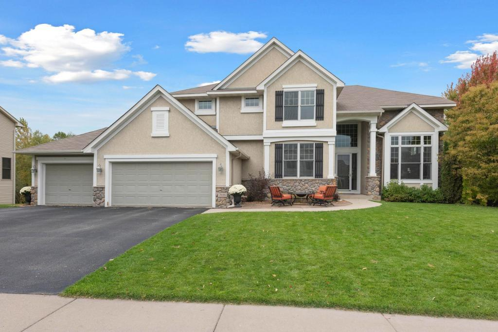 7656 Ridgeview Way, Chanhassen, Minnesota