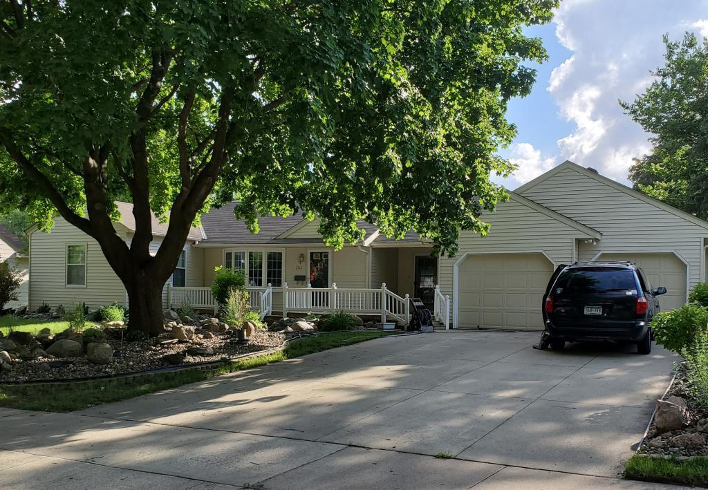 506 19th Street SW, Austin, Minnesota