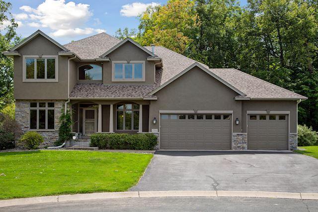 17393 75th Avenue N, Maple Grove, Minnesota