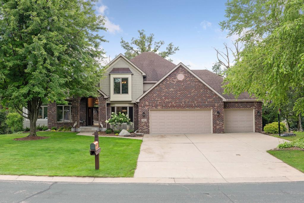 18171 Jacquard Path, one of homes for sale in Lakeville