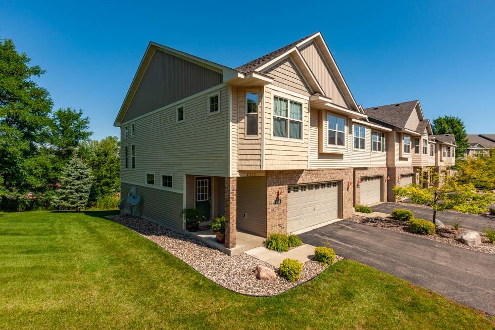 8558 Lakeview Terrace, Savage, Minnesota