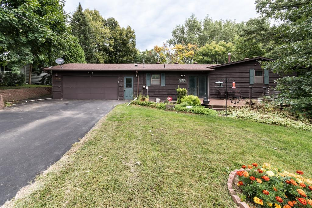 16506 Kenwood Trail, Lakeville in Dakota County, MN 55044 Home for Sale