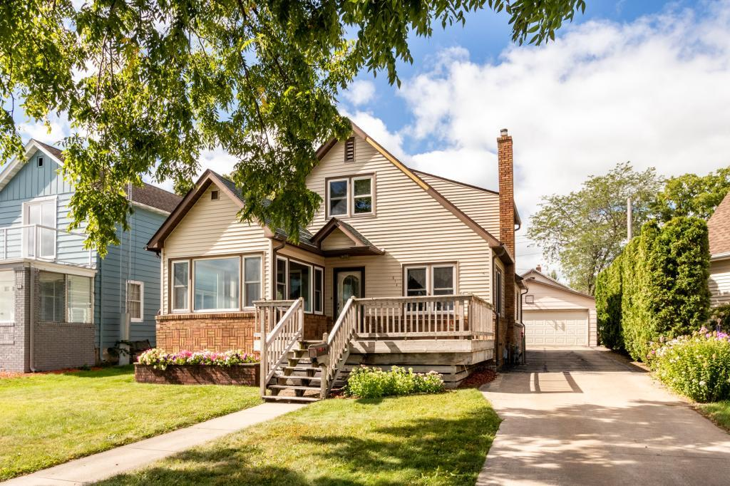 814 S Lakeshore Drive, Lake City, Minnesota
