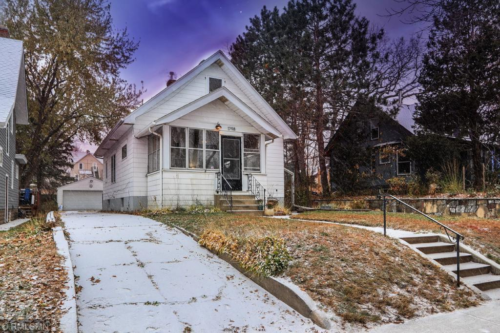 1798 Hubbard Avenue, St Paul - Town and Country, Minnesota
