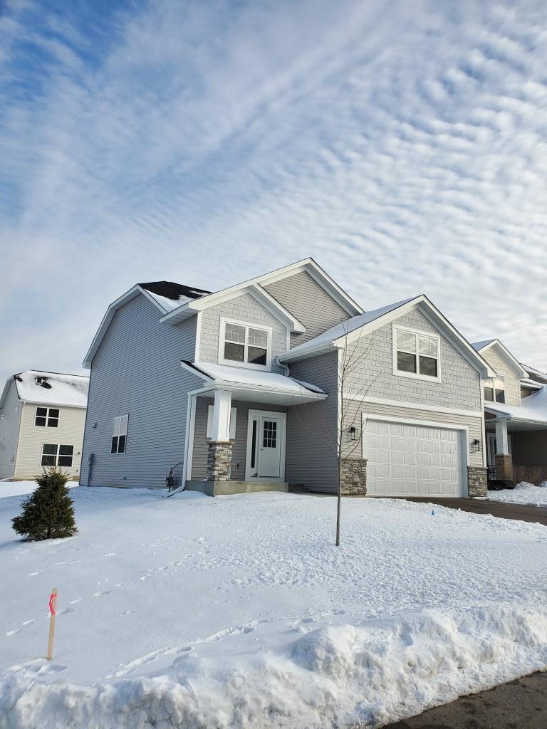 9043 Degler Lane, Chanhassen, Minnesota