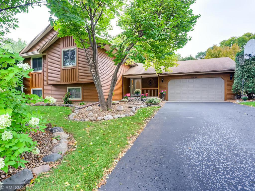 8484 Underwood Lane N, Maple Grove, Minnesota