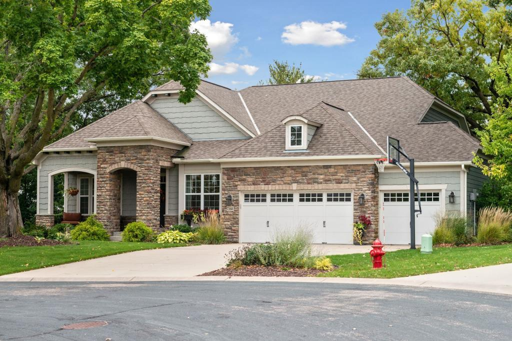 7166 Arrowhead Court, Chanhassen, Minnesota
