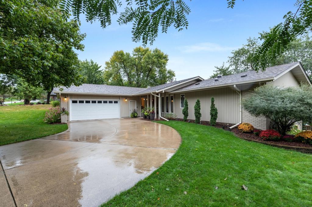 7201 Fleetwood Drive, Edina, Minnesota