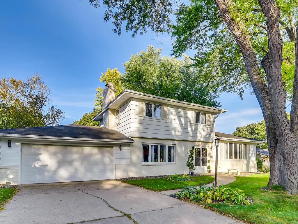 9937 Morris Road, Bloomington, Minnesota