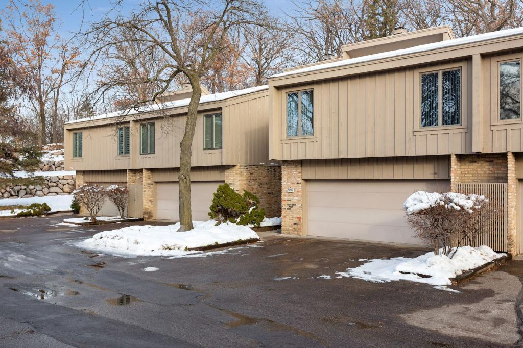 5709 Duncan Lane, Edina in Hennepin County, MN 55436 Home for Sale