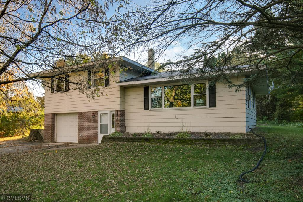 8354 Shadyview Lane N, Maple Grove in Hennepin County, MN 55311 Home for Sale