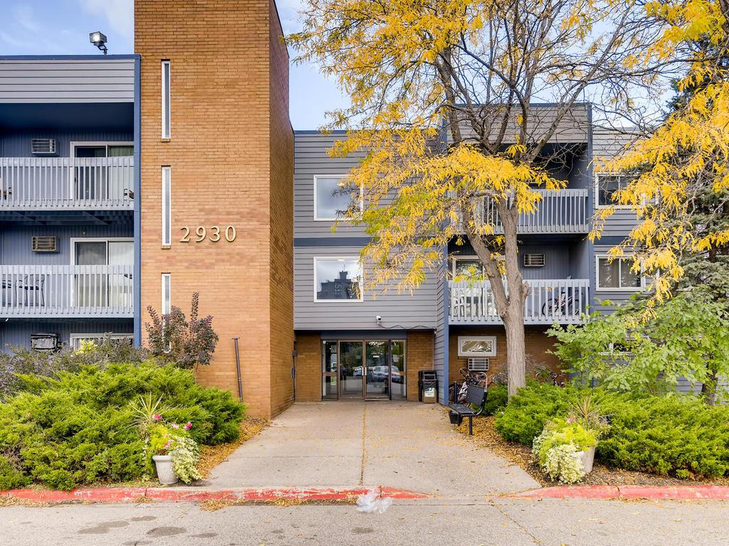 2930 Blaisdell Avenue, Calhoun Isles, Minnesota