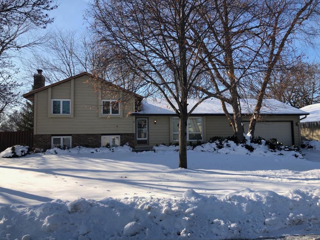 8101 W 103rd Street, Bloomington, Minnesota