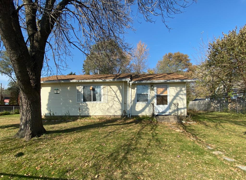 1700 E 84th Street, Bloomington in Hennepin County, MN 55425 Home for Sale