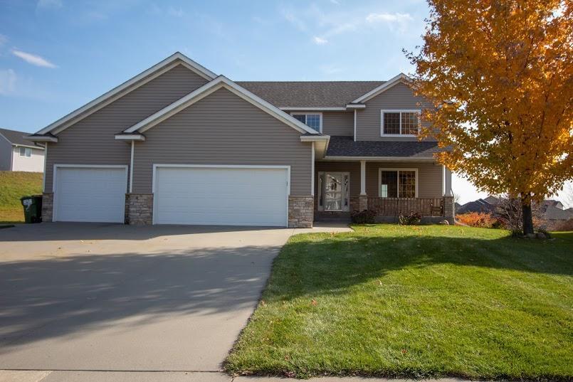 6316 Shetland Drive NW, Rochester, Minnesota