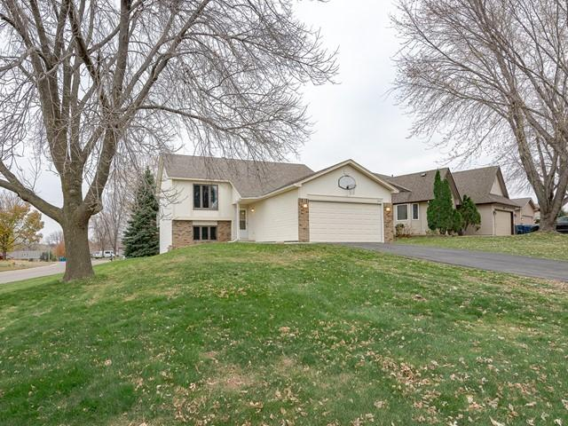 10431 166th Street W, Lakeville in Dakota County, MN 55044 Home for Sale