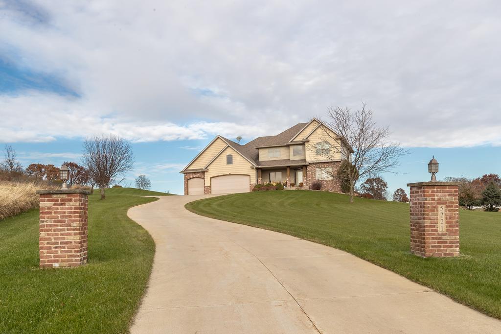 5221 Heritage Lane SW, Rochester, Minnesota