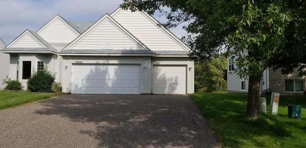 10935 Nassau Circle NE, Blaine in Anoka County, MN 55449 Home for Sale