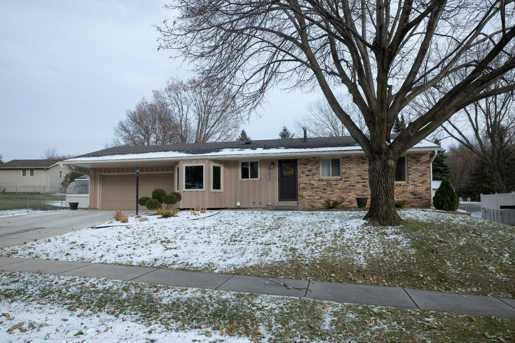 13692 Fairlawn Avenue, Apple Valley in Dakota County, MN 55124 Home for Sale