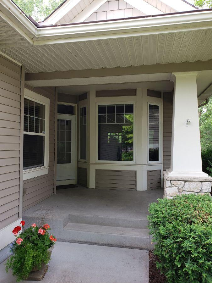 9256 Francis Lane, Eden Prairie, Minnesota