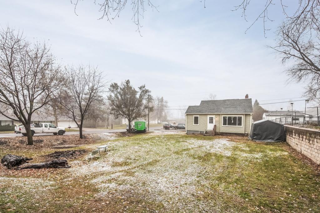 1187 County Road B E, Maplewood, Minnesota
